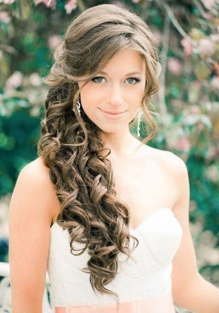 Peinados de damas de honor para bodas