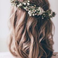 largo medio corona de flores