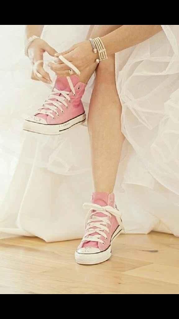 Novias con zapatos de colores - 2