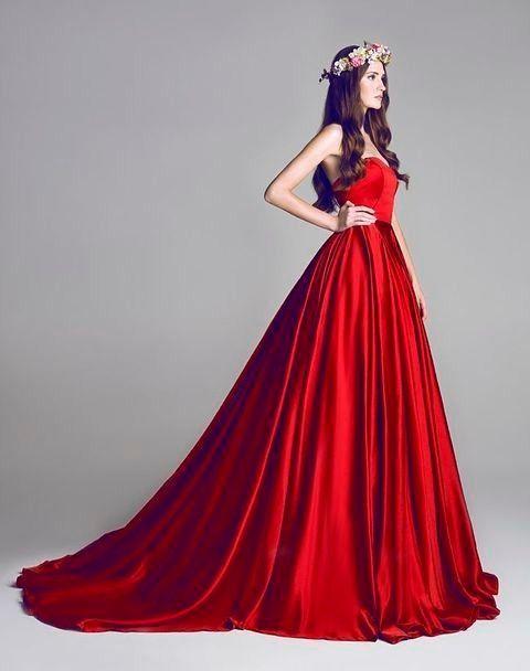 vestido de novio rojo