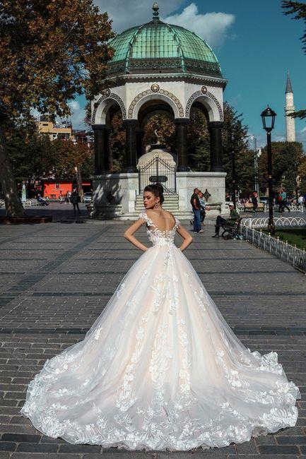 vestido corte princesa: espalda descubierta, ¿le das tu si?