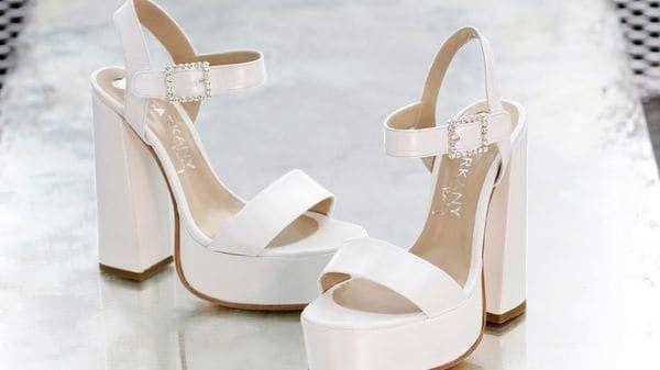 Zapatos con hebillas: ¿Te mereces el 1 o el 2? 2