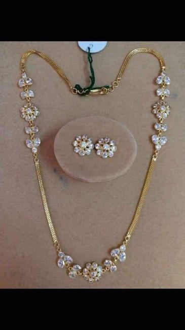 8d9a9324d5b1 Collar + Aretes para novia 👰🏻 ¿Cuál usarías  2