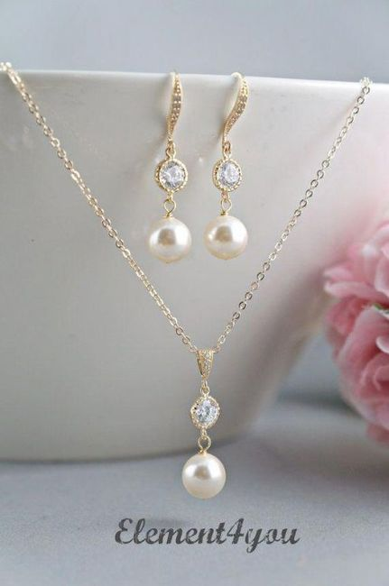 cc72beb10cd9 Collar + Aretes para novia 👰🏻 ¿Cuál usarías  5