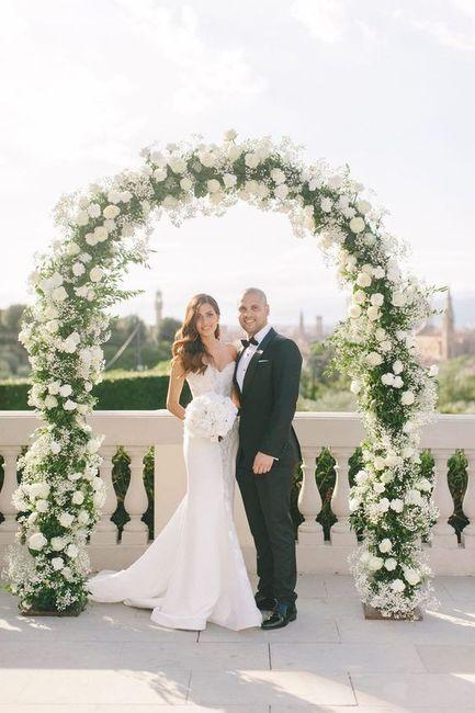 3 Matrimonios, 3 ARCOS con flores: ¿A, B ó C? 3