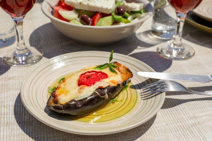 COMIDA: ¿buffet o servido a la mesa? 1