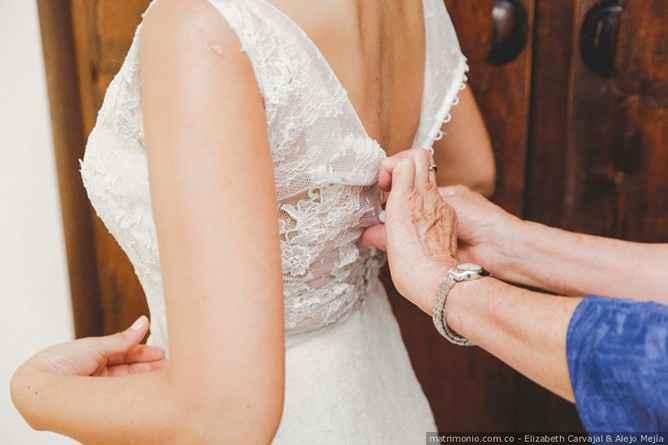 ¿Cuántos vestidos de novia te has medido? 1