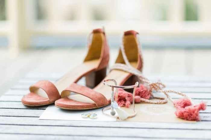Un color para los zapatos: ¡VOTA! - 1