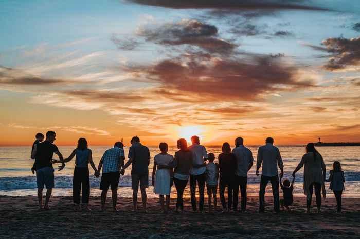 ¿Cómo influyen sus familias en su relación? - 1