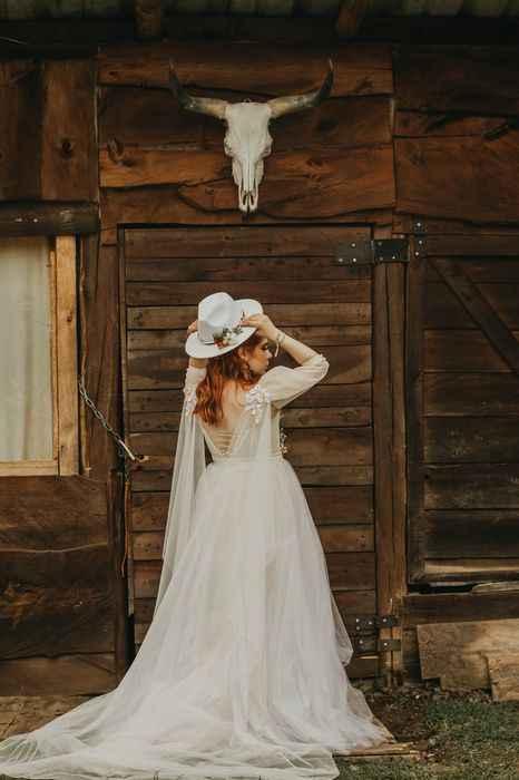 ¿Look de novia con sombrero? - 1