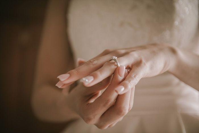 ¿De qué color es tu anillo de compromiso? 1