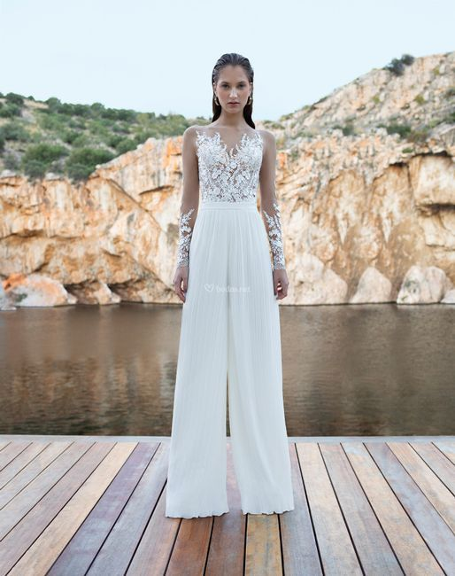Vestido de novia con pantalón: ¿te atreves? 1