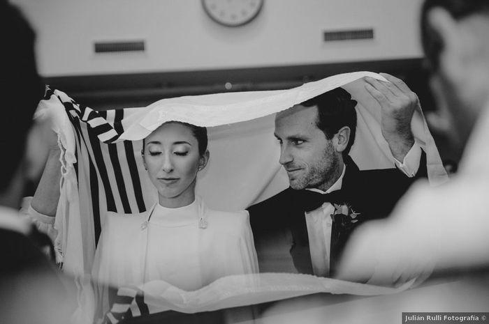 ¿Qué cosita no puede faltar en tu ceremonia? 😍 1