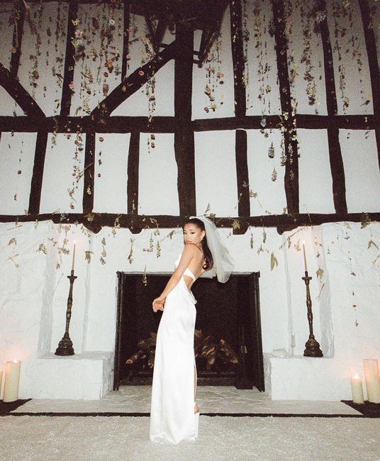 Des photos inédites du mariage de la chanteuse : Ariana Grande 💕 5