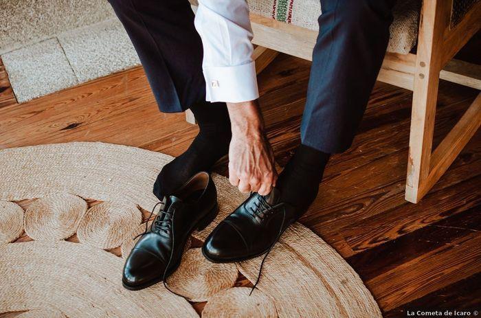 Qué fue primero: ¿El traje/vestido o los zapatos? 1
