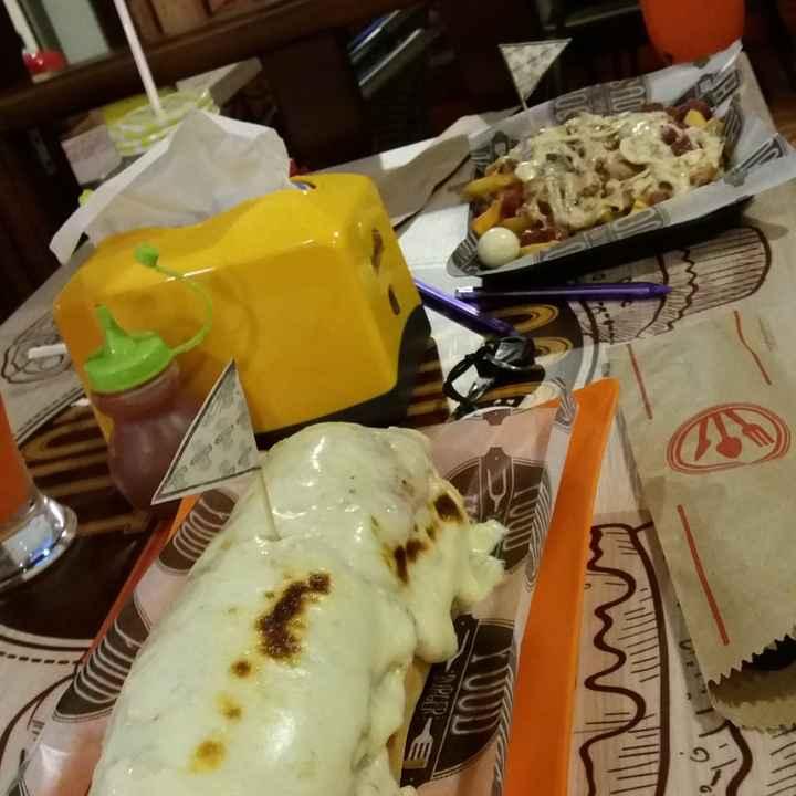 Siempre compartimos platos en el restaurante: ¿V o F? - 2
