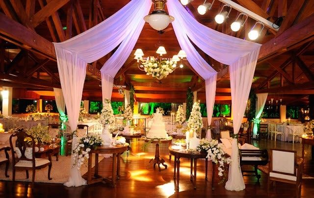 boda estilo glamurosa - decoracion