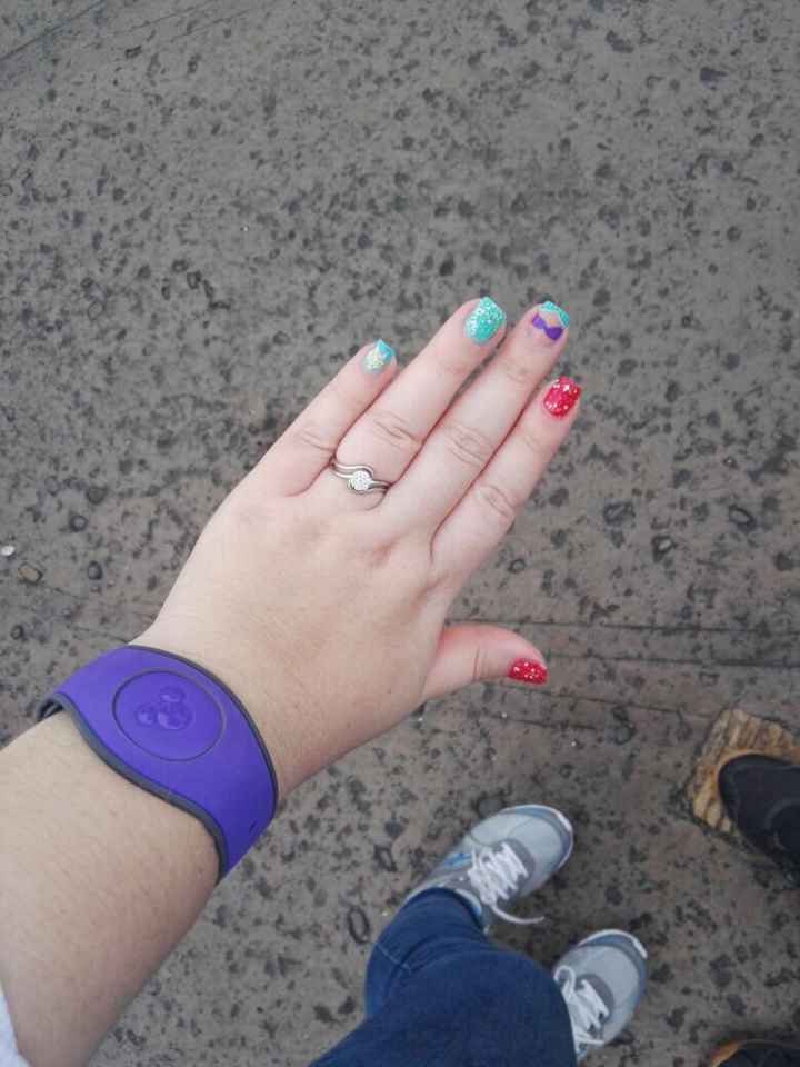 ¿Tenías las uñas arregladas cuando tu FE te entregó el anillo? - 1