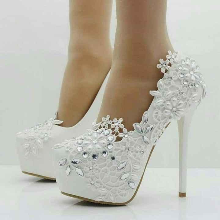Los zapatos de 5 novias reales: ¡Ponte UN par! - 1