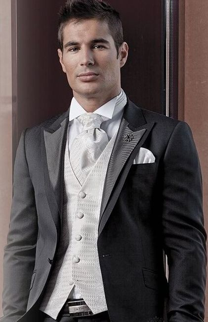 Traje de novio, corbatin, corbata inglesa o corbata tradicional. ¿Cuál te llama la atención? 5