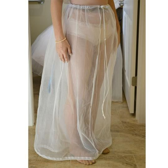 ¿Te has imaginado como ir al baño con tu vestido de novia en tu Gd? 1