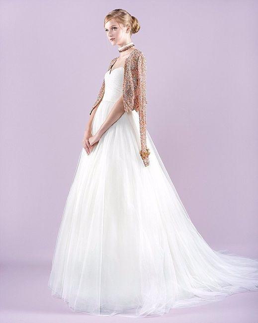 604a65bb 3 chales para complementar tu vestido de novia