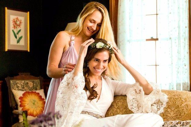 tus amigas saben cómo será tu vestido de novia?