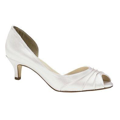 Zapatos para novias con tacón bajo acf8f171c262