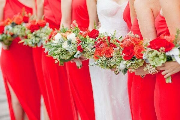 c1f13a0359 Damas de honor de color rojo