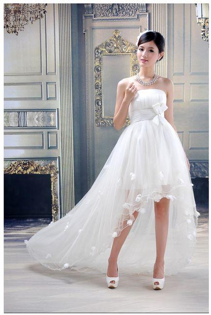 148ffd9e3 Vestidos de novia cortos en el frente y largos detrás ¿si o no  2