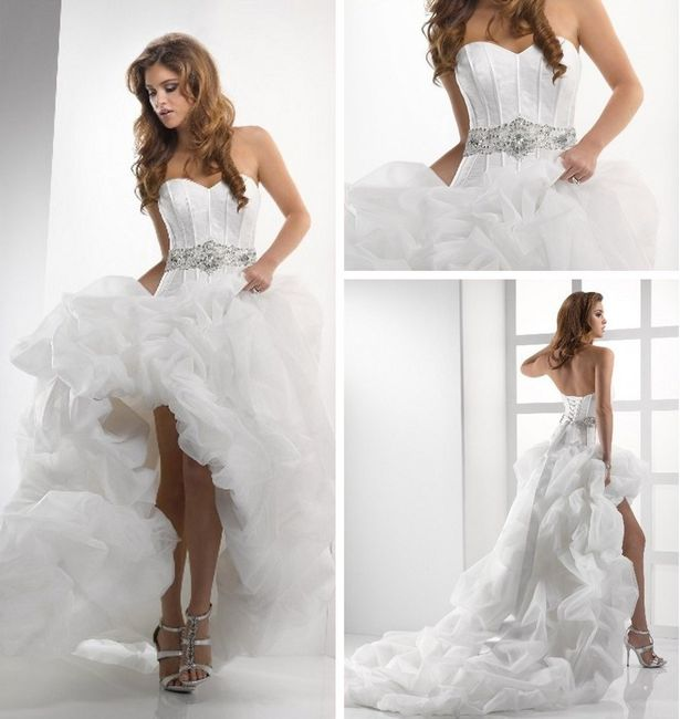 576a9da31 Vestidos de novia cortos en el frente y largos detrás ¿si o no  4