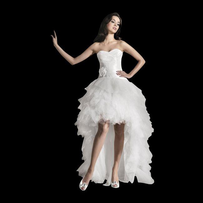 3ab3c25b2 Vestidos de novia cortos en el frente y largos detrás ¿si o no  6