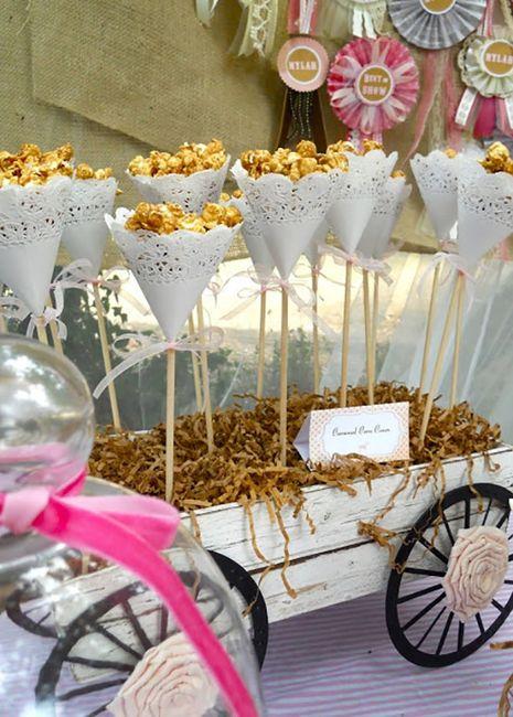 7 ideas para decorar con blondas - Ideas para una fiesta de navidad ...