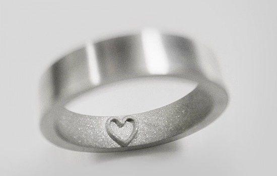0c8d38f45e98 30 Frases para marcar los anillos de matrimonio
