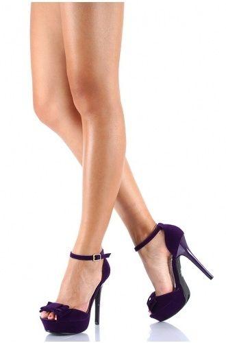 Zapatos en color morado 7
