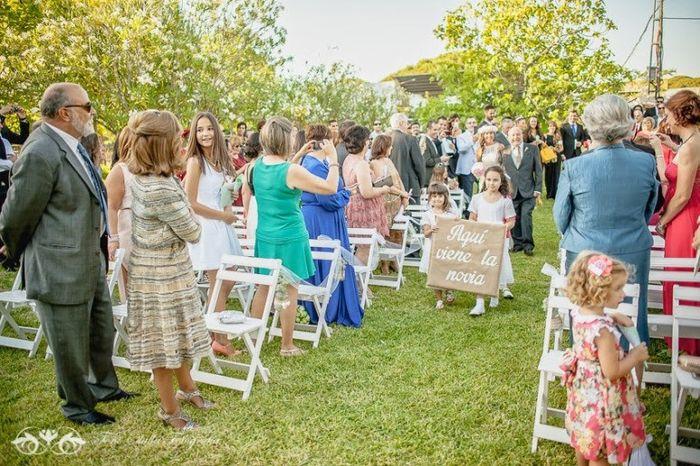 3. Cartel para anunciar la entrada de la novia