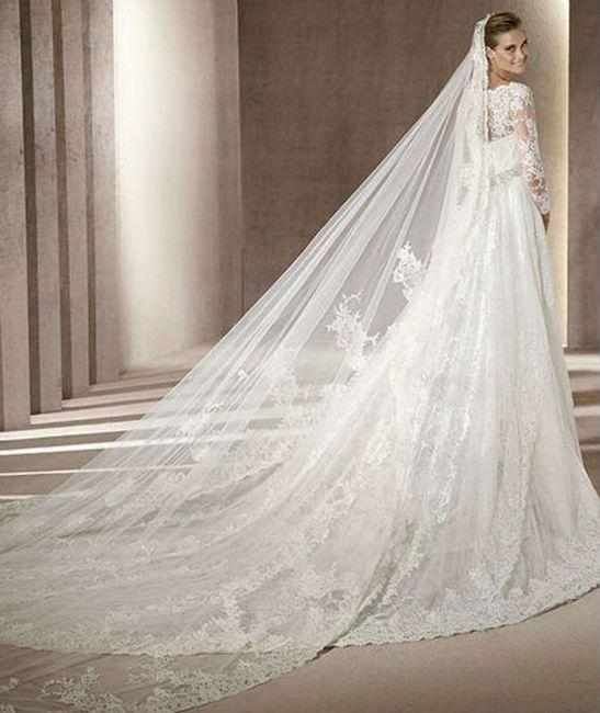 Vestidos de novias con cola larga