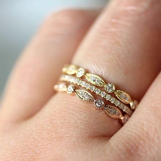 ¿Tu argolla será del mismo color que tu anillo de compromiso?
