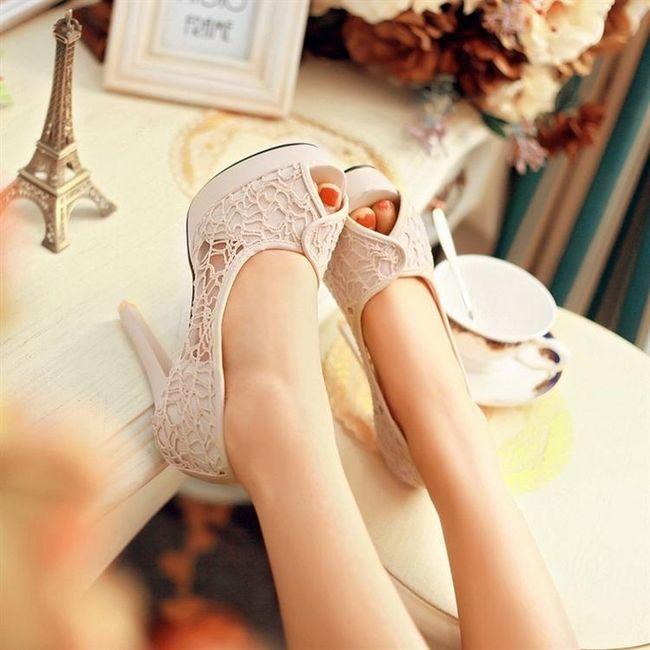 Zapatos con encaje