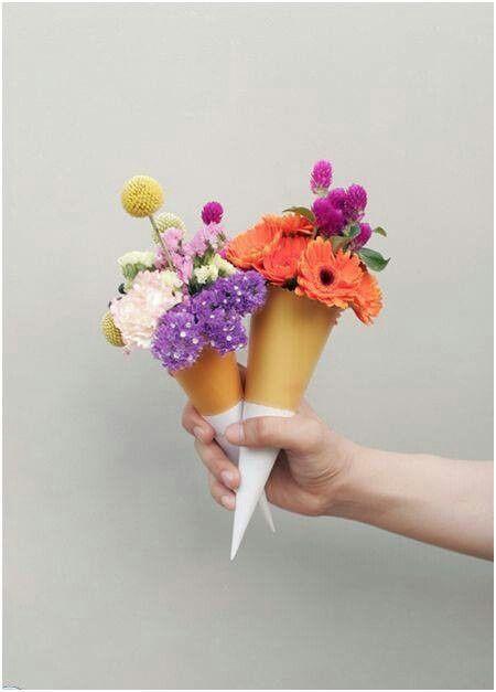 Conos de flores