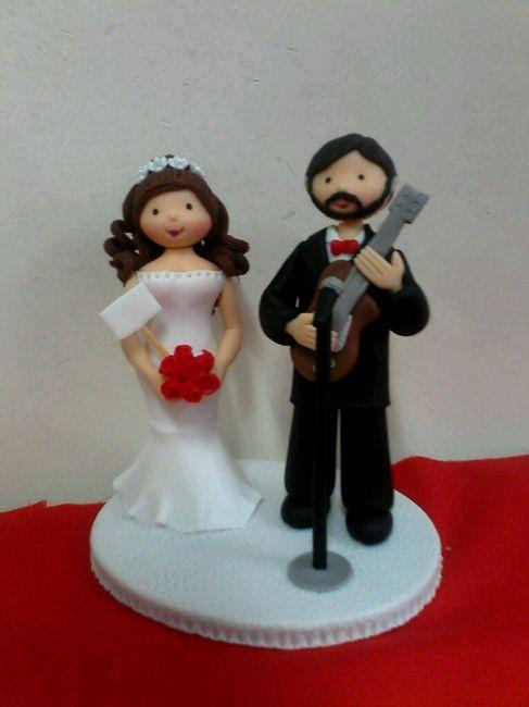 ¿donde mandaron a hacer las figuritas del pastel? - 1