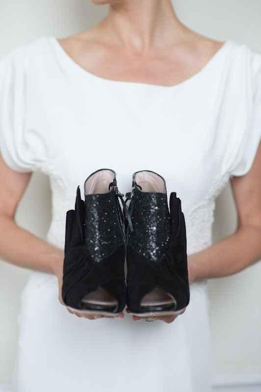 ¿Se casarían con zapatos negros?