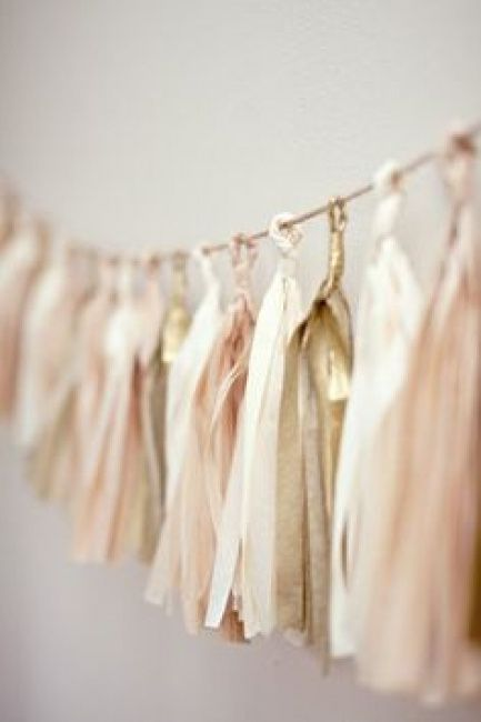 Club de novias de color beige