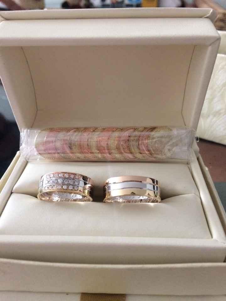 Casadas! presuman sus anillos!!!! - 2