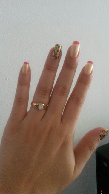 af2240ab84c5 Trucos  Cómo tomar fotos increíbles de tu anillo de compromiso