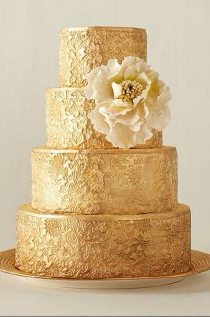 Pastel de boda en color dorado. - 1