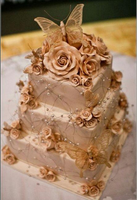 Pastel de boda en color dorado. - 6