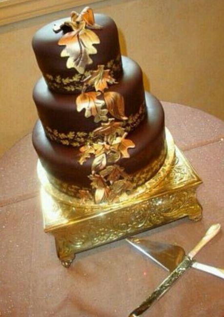 Pastel de boda en color dorado. - 7