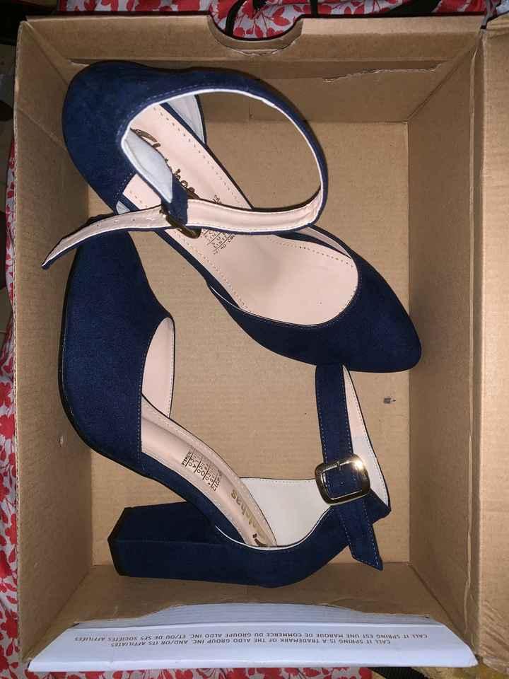 Ya llegaron los zapatos - 1