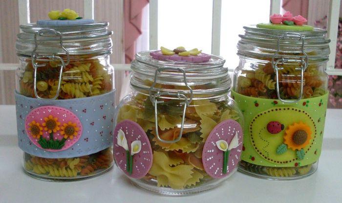 Decoraciones con frascos de vidrio for Decoracion de frascos de vidrio para cocina